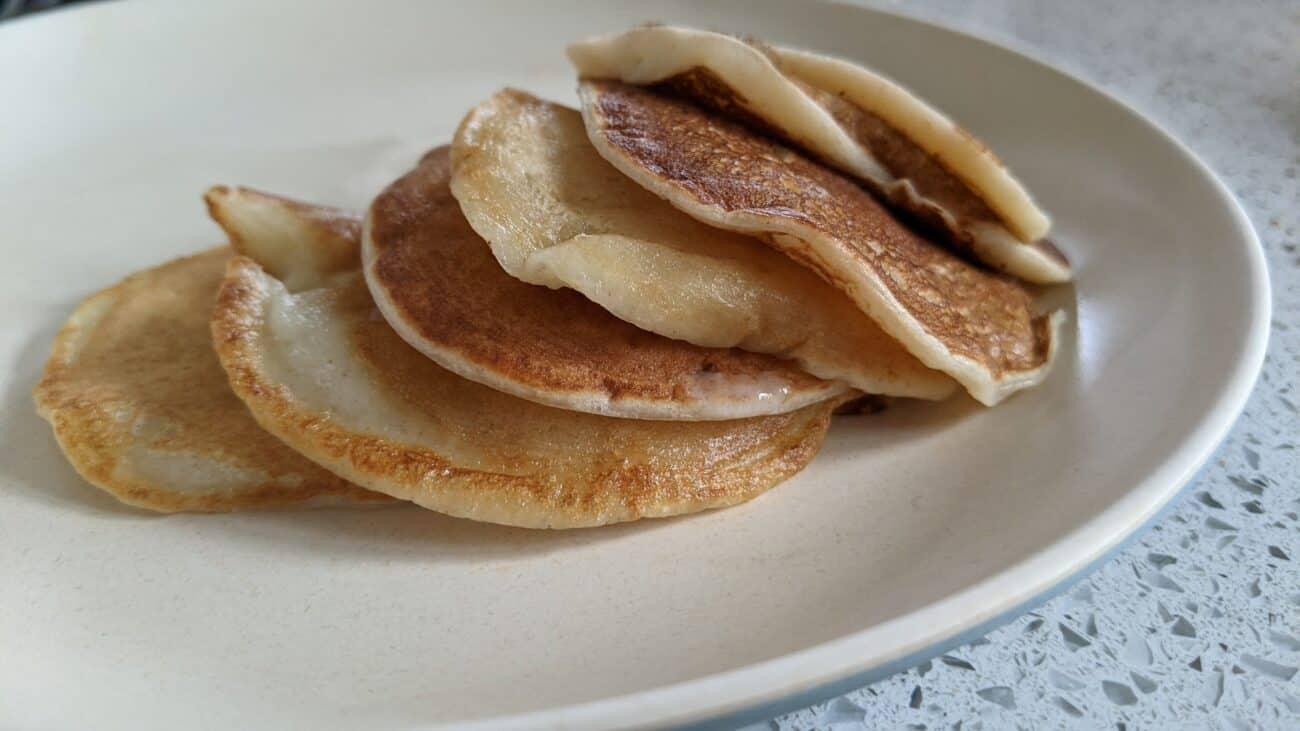 Basic Banana Pancakes